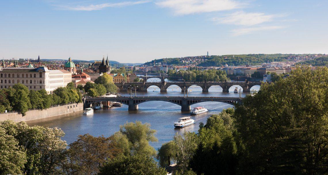 סוף שבוע בפראג: חגיגות יום נישואין בעיר הרומנטית